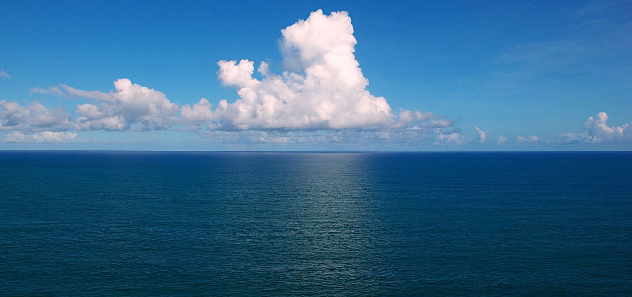 1280px-Clouds_over_the_Atlantic_OceanCROP
